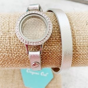 Origami Owl Silver double Wrap Bracelet And Locket